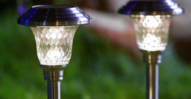 solar garden lights