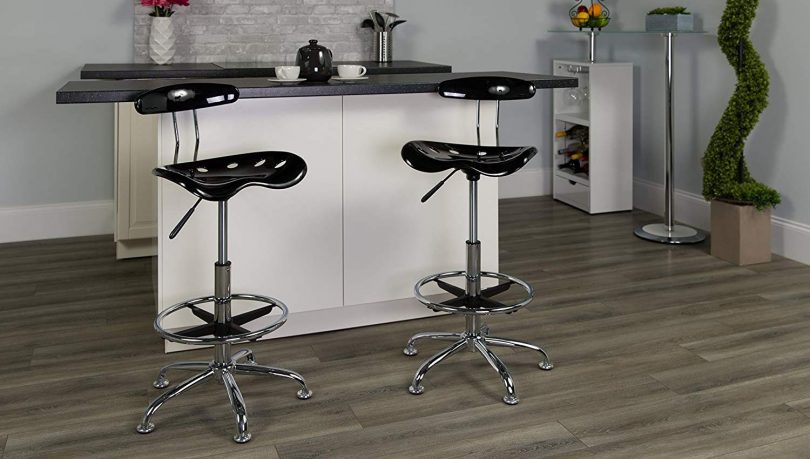 Brilliant Top 10 Best Standing Stools In 2019 Stool Chair Bar Counter Gamerscity Chair Design For Home Gamerscityorg