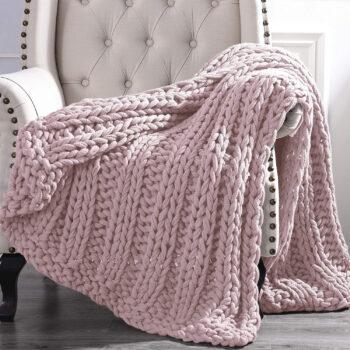 Amrapur Overseas Luxury Chunky Knit