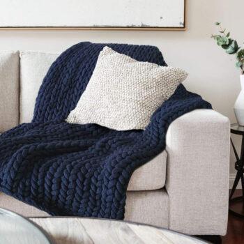 Chunky Knit Blanket Throw - Navy Blue